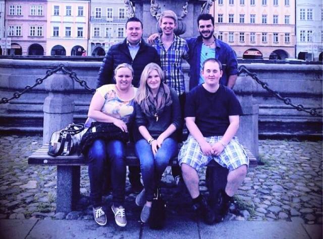 Gruppenfoto der TTV-Delegation am Stadtplatz von Budweis